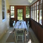  Breakfast sunroom