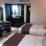 twin beds, mini bar