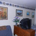 Foto de Anchorage Downtown B&B at Raspberry Meadows
