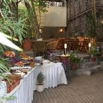  Cafe Garden Suite