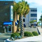 Aquarius Oceanview Motel