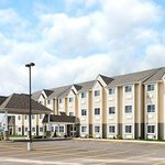 Microtel Inn & Suites by Wyndham Woodstock