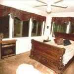 Photo of Tudor House Bed and Breakfast