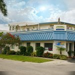 Blue Wave Motel