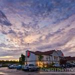 Red Roof Inn London I-75 resmi