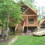 Beautiful, affordable log cabin rentals in Gatlinburg, Tennessee.