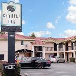 Photo of Bayhill Inn