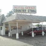 countrey manor motel office