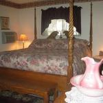 Foto de McCloud Railroad House B&B