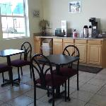 Clean Stay Inn Suites Kingsland GABreakfast