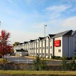 Photo of Econo Lodge Inn and Suites