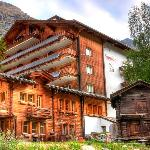  Hotel Sunstar Zermatt Hotel Ansicht Sommer