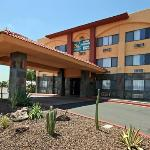 Quality Inn &amp; Suites Phoenix