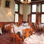Cartland Bridge Hotel Dining