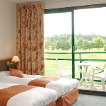 Photo de BEST WESTERN Golf Hotel Colvert