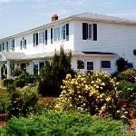Woodmere Bed & Breakfast