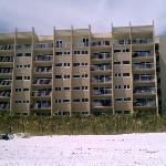 The Beach House Condominiums resmi