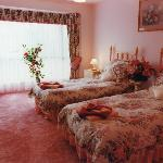 Foto de Tranquility Bed & Breakfast Cottage