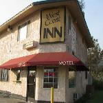 West Coast Inn