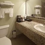  King Standard Bathroom