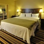 Foto van University Park Inn and Suites