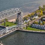 South Pier Inn and Aerial Lift Bridge