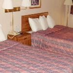  American Inn Rossford Oh 2Bed