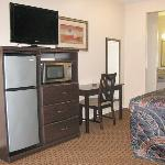  Budget Host Innand Suite Humble TXBed