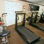 WVQuality Inn AFitness Center