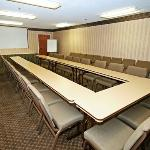  WVQuality Inn AMeeting Room