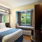 Microtel Inn & Suites By Wyndham Geneva