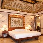  Balinese Decorated Room