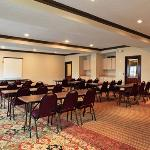 Φωτογραφία: Quality Inn & Suites West Chase