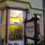 Heulwen Guest House with free parking