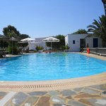 Photo of Plaka Beach Hotel