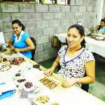 Costa Ricans Make Wood Jewelry by Hand