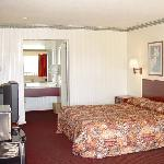 Executive Inn -Suites Houston TXBed