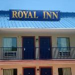 Ga Royal Inn Douglasville Ext Signage