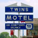Photo of Twins Motel
