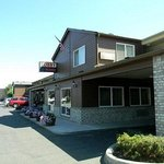 Cedars Suites Yakima Downtown