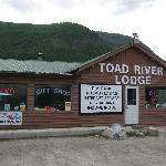  Toad River Lodge - Alaska Highway, British Columbia
