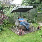 Garden swing, having 40 winks.