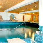 Sunstar Hotel Zermatt Spa Pool Wellness