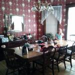  Dining room, set for breakfast