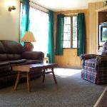 Living room in the 4-bedroom Blue Spruce Chalet