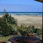 ‪Ahipara Beachfront Accommodation‬