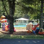 pool/kiddies area