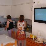  Cocina, pantalla plana