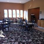 Photo de Boulders Inn & Suites