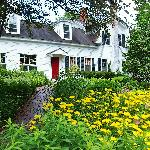 ‪The Admiral Peary Inn Bed & Breakfast‬
